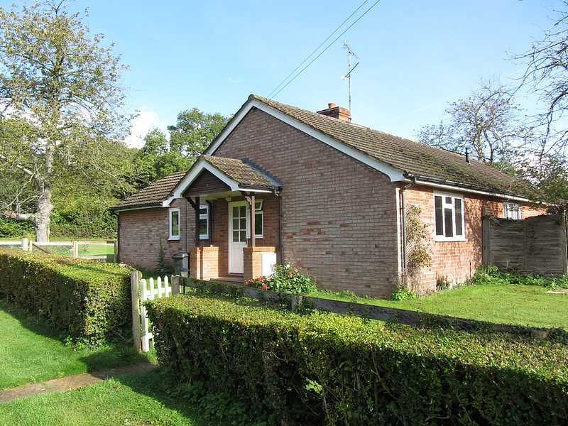 1 Bedroom Bungalow for rent in Thorn Cottage 2, Stockbridge, Hampshire, SO20
