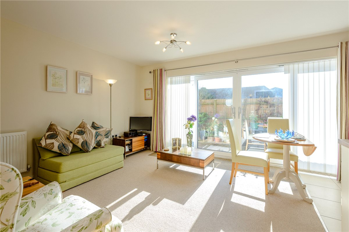 1 Bedroom Apartment Flat for sale in Chesil Mews, Winchester, Hampshire, SO23