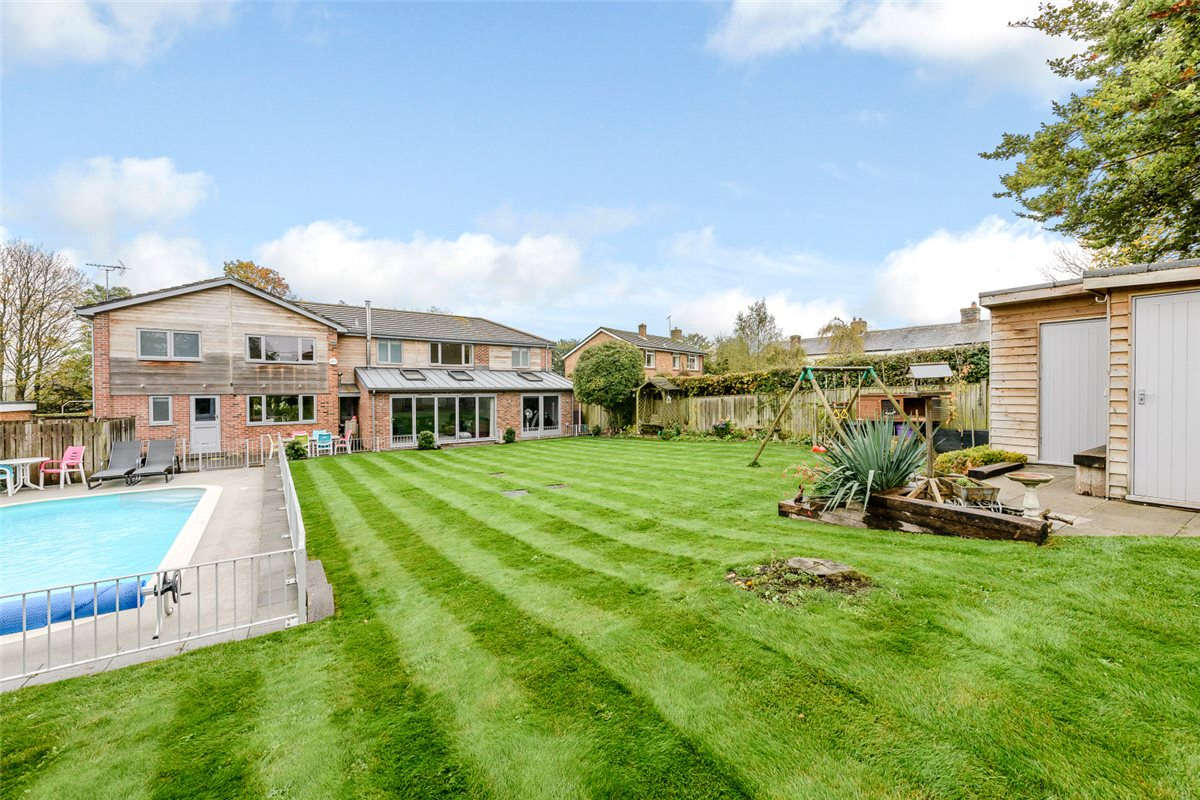 5 Bedrooms Detached House for sale in Queenwood Rise, Broughton, Stockbridge, Hampshire, SO20
